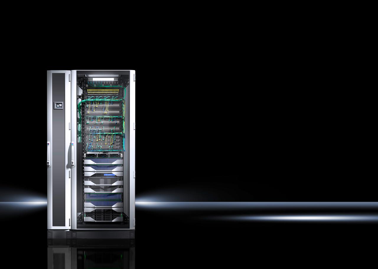 A vállalkozások egyre gyakrabban kombinálnak szerver- és hálózati eszközöket egyetlen IT szekrényben